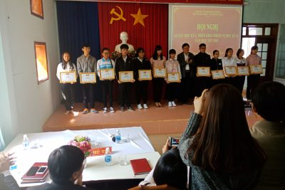 Tuyên dương Giáo viên và học sinh đạt giải trong kỳ thi học sinh giỏi quốc gia 2018