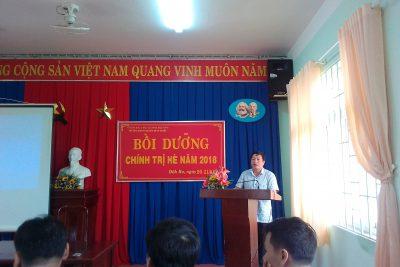 Những hình ảnh bồi dưỡng chính trị hè 2018 tại trường THPT Nguyễn Đình Chiểu